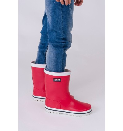 red natural rubber wellies